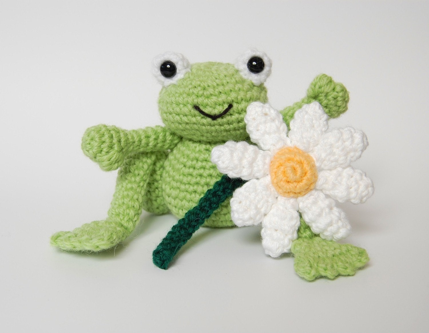 pdf crochet pattern for frog prince and daisy amigurumi. Black Bedroom Furniture Sets. Home Design Ideas