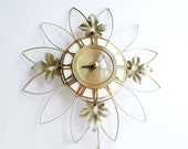 VINTAGE WALL CLOCK, Sunburst Retro Daisy Flower Design, White and Gold with Oak Leaves