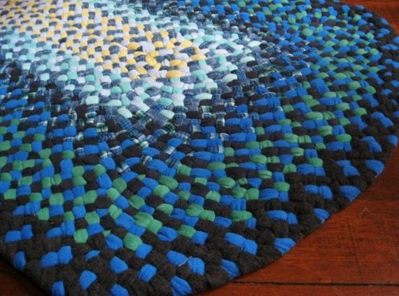 Blue Bayou Braided Oval Rug