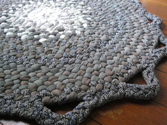 Gray Braided Rug from upcycled cotton