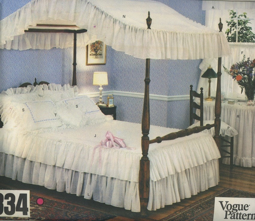 vogue 2334 canopy bed with curtains pillows table cover