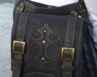 Leather Messenger Bag | Shoulder Bag | iPad | leather | Man | Woman | Fashion | Urban | Burning Man | Steampunk | Designer |