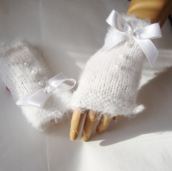 Hand Knit  White Gloves, Mitten, Adorned, Ribbon, Armwarmer, Holiday Accessories, Winter Accessories