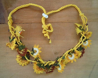yellow flower necklace, crochet and needle lace, oya