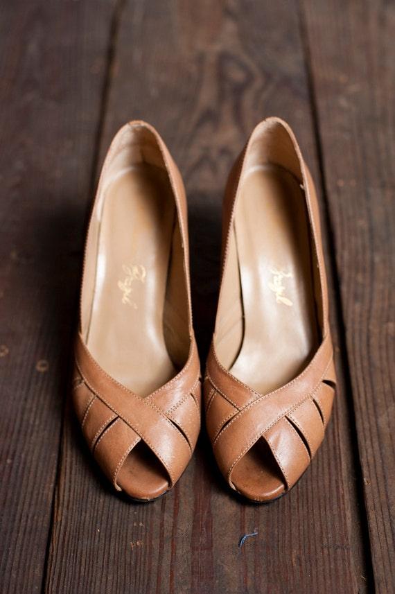 1970s Sandy Peep Toes 6
