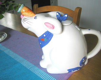 RABBIT, Teapot, bunny rabbit, BUNNY, hare, tea,Vintage