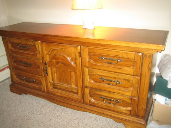 maple bedroom furniture items similar to dresser maple bedroom furniture bedroom 12214
