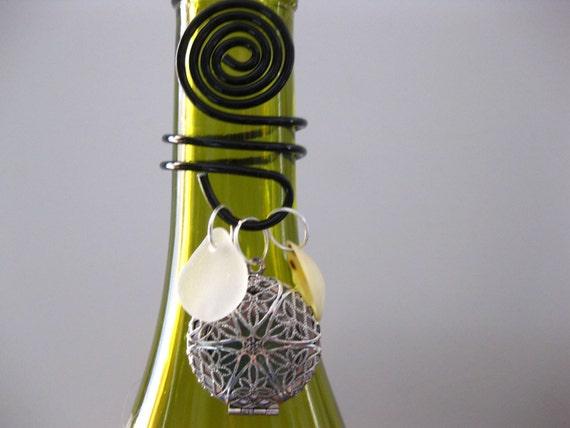 Wine topper Seaglass jewelry beach glass