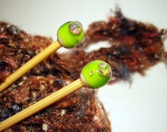 Bamboo Knitting Needles Handmade One of a Kind By Lisajoy Sachs Apple Green Raku Lampwork Glass Balls