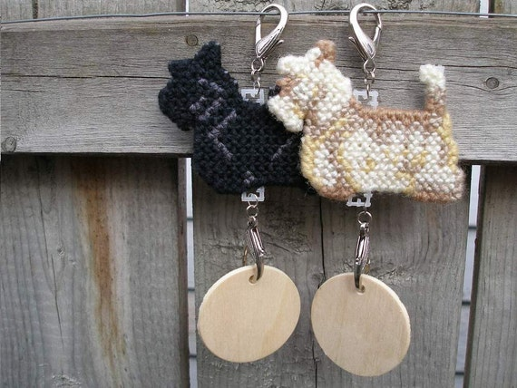 Scottish Terrier crate tag kennel dog or hang anywhere hanger clip, decorative name tag, Pick your color, Magnet option