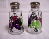 Salt and pepper shakers-painted salt and pepper shakers-Painted Grapes