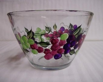 Serving bowl, hand painted bowl, glass bowl, serving bowl with grapes, dinnerware, serveware, fruit bowl, salad bowl