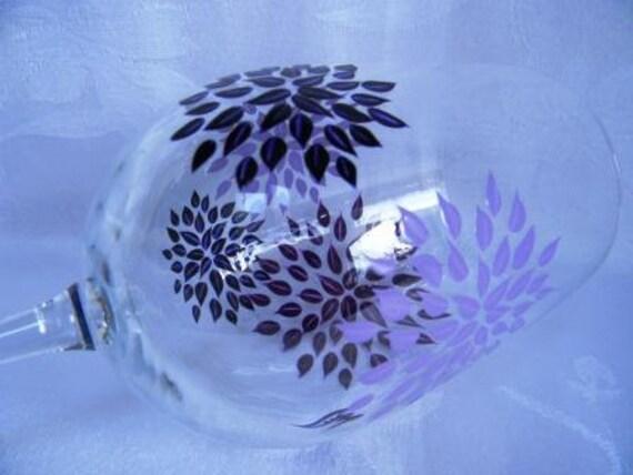 wine glasses, hand  painted wine glasses, decorated wine glasses, starburst, wine glass with starburst, painted wine glass