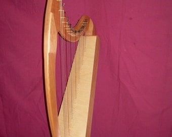 22 String Folk Harp