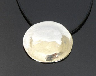 special designed silver plated round pendant