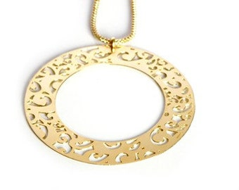Romantic large Round Lace 18k Gold Plated Pendant and Necklace