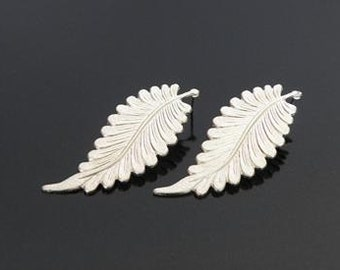distinctive matte silver plated leaf earrings