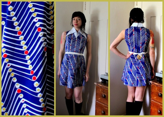 Vintage 70's Floral Print Mod Dress