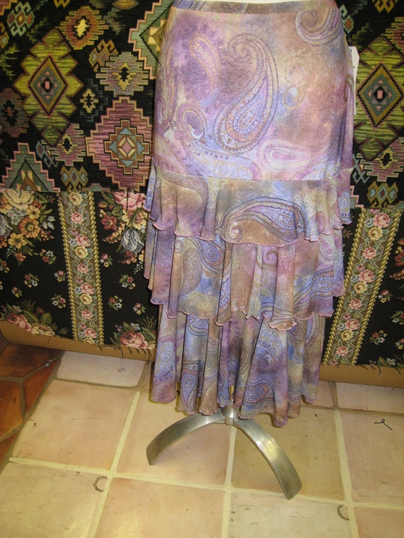 Paisley print pattern long skirt with 3 layers plus made in USA (V153)