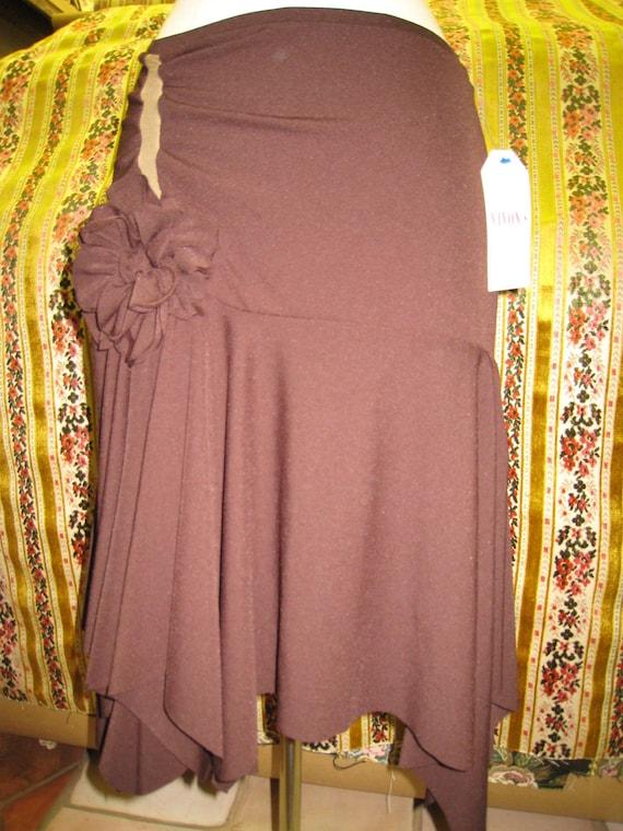 Brown skirt with rose decoration (v70)