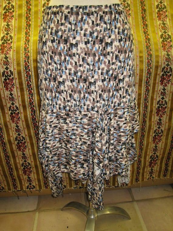 Geometric pattern print skirt (v61)