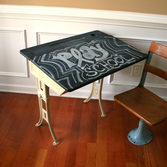 School Desk with Chalkboard Top. Shabby Chic Khaki Paint. Industrial Home Decor. Childrens Schoolhouse Play. Elementary. Vestiesteam.