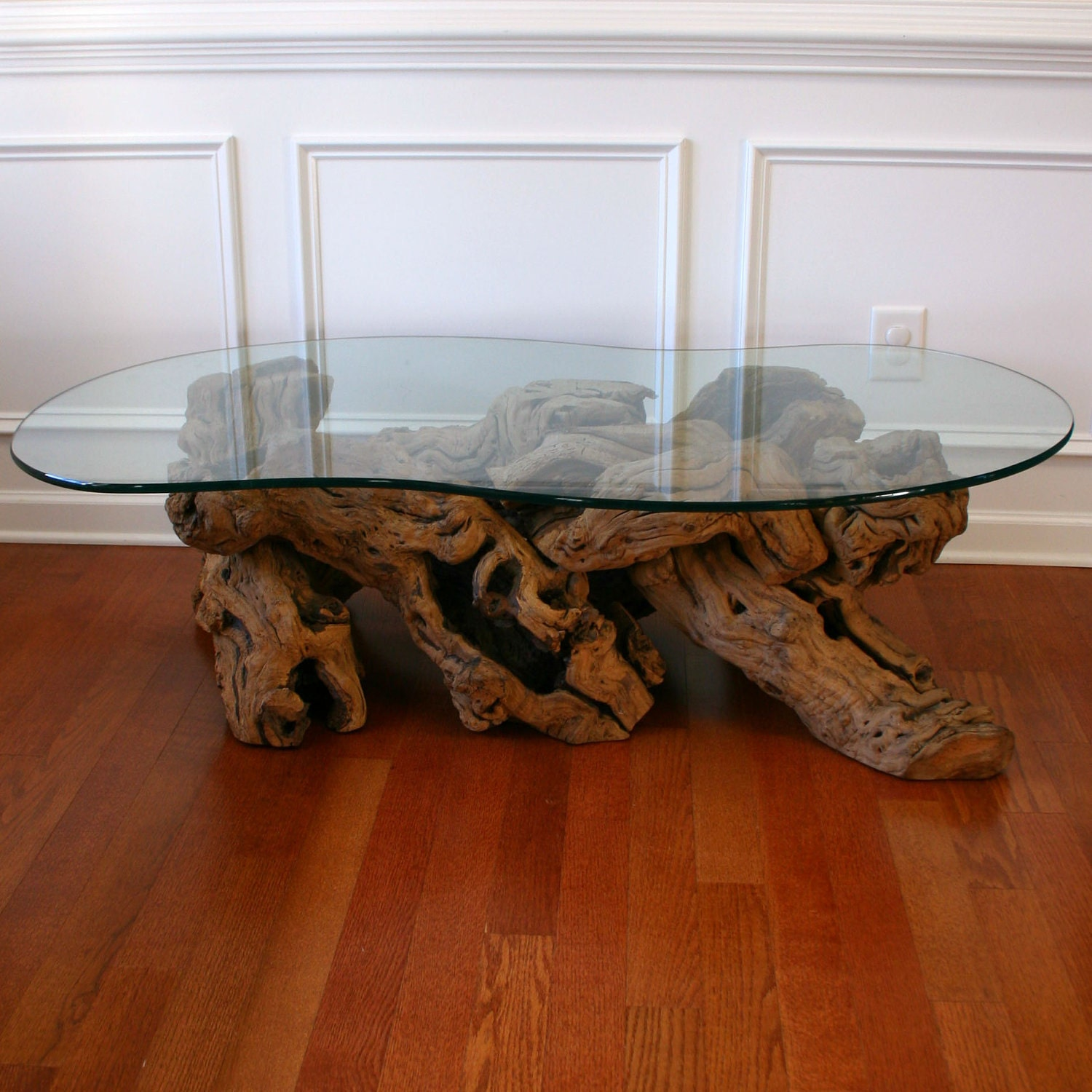 Driftwood coffee table with glass top cocktail beach zen Glass coffee table decor