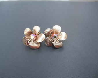 Gold Metal Flower Earrings