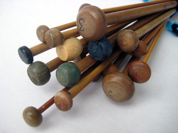 SALE REDUCED --- 24 Vintage Knitting Needles DESTASH Wood/ Bamboo
