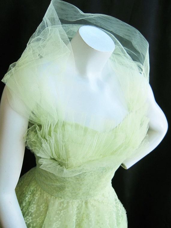 "1950's Key Lime Tulle and Lace Dress With Halter   24"" Waist"