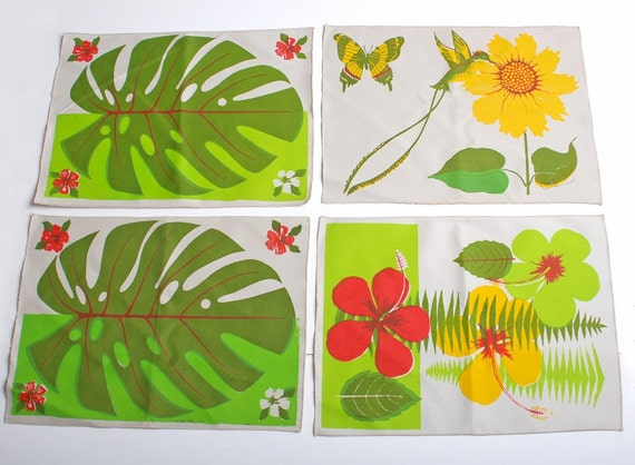 Vintage 70s Screen Printed Floral Canvas Placemats Set of Four