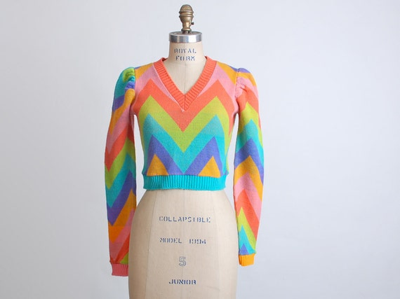 Vintage 70s Betsey Johnson Alley Cat Chevron Cropped Sweater