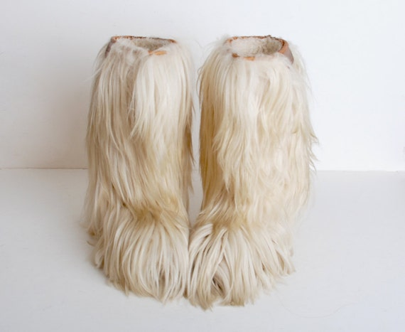 SNL Ladies Kristen Wiig Sarah Silverman Amy Poehler Reunite 40th Anniversary additionally 771490 Size 9 Vintage 70s Oscar Sport Goat Fur Ski Boots 40 Boots also Melanie Griffith Wears Tights Trousers Shop Daughter Aspen likewise ThawFootwear together with Gainrel   images 1 938944 161717 1000 45 03. on oscar apres ski boots