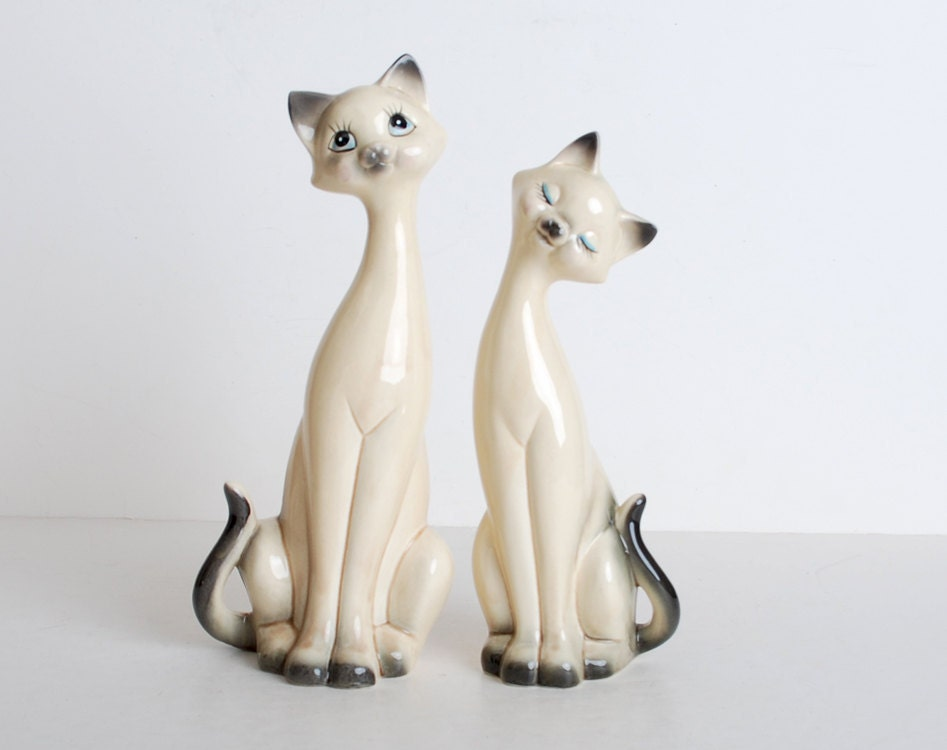 Vintage 60s Ceramic Siamese Cat Figurines Pair