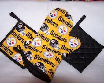 NFL Pittsburgh Steelers Tailgate Set, Pot holders, Oven Mitt
