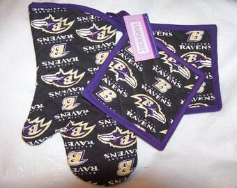NFL Baltimore Ravens Oven Mitt, Pot Holders, Tailgate Set