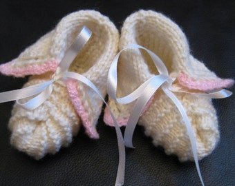 NEW Handmade knit  Ecru BABY BOOTIES  sz 0-9m, wool/acrylic blend