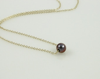 Dainty Metallic Violet Pearl Necklace - 14kt Gold Filled