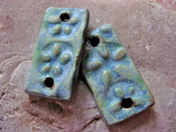 Peruvian Green Flower Sticks - Handmade Ceramic Bead