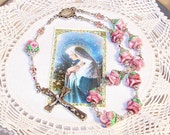 Garland of Roses - A Very Marian Rosary
