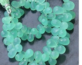 Brand New,Natural CHRYSOPRASE Faceted Drops Shape Briolettes,7-8mm size,25 Pieces,Rare Quality