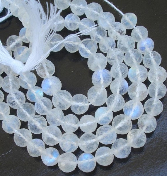 5-6 mm Sisze, 8 Inch Strand Of Rare Blue flashy Rainbow Moonstone Faceted Round BALLS Beads 35 pieces