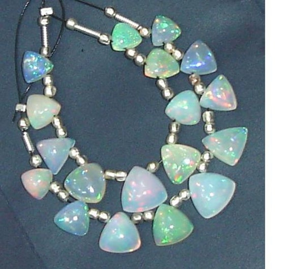 BEAUITY Ethiopian Opal Smooth Trillion Briolettes, Amazing Inside Fire AAA Quality 6-9mm Long Size,Great Quality Item