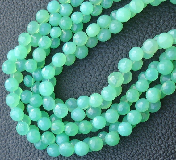 BRAND NEW, 7 Inch Long Strand, CHRYSOPRASE Green Chalcedony Faceted Onions Shape Briolettes, 7-8mm size,Superb Quality