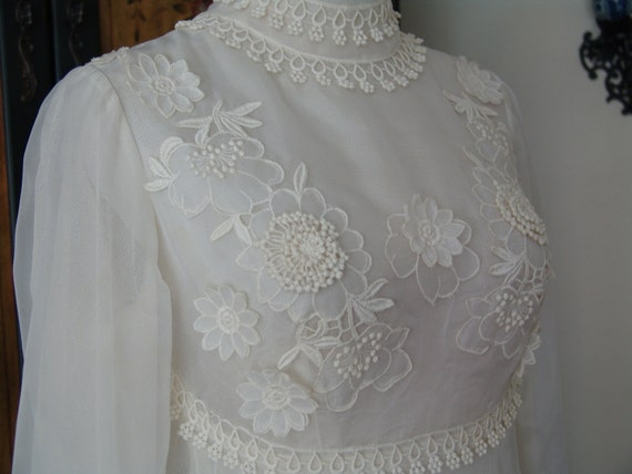 VTG 60s Empire Wedding Dress Organza Venetian Lace Maternity or Not Watteau Train M