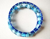 Bracelet Beaded Memory Wire in Blue