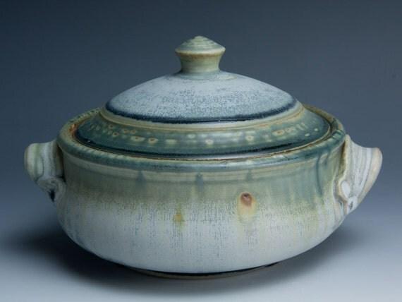 Handcrafted quart stoneware casserole dish 458