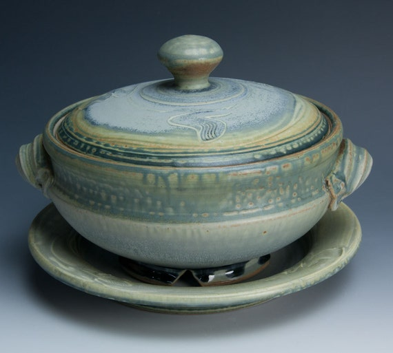 Stoneware vegetable steamer with saucer 465