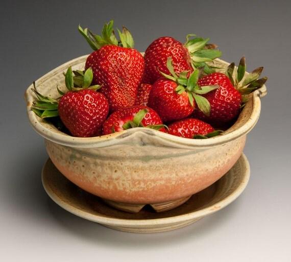 Handmade stoneware berry bowl with saucer - 459a