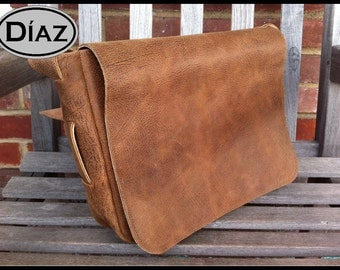 Large Genuine Leather Messenger Bag / Satchel in Texas Light Brown - Free Monogramming -